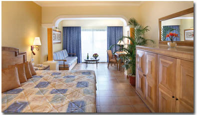 Barcelo Colonial Hotel Room