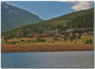 Marys Lake Lodge and Vacation Rentals