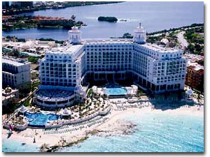 RIU Palace Cancun Hotel