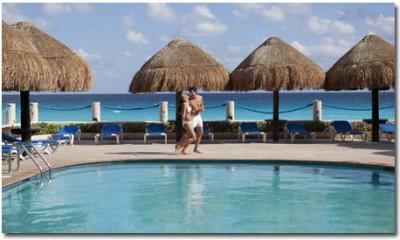 Barcelo-Tucancun-Pool