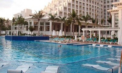 RIU-Palace-Cancun-Las-Americas
