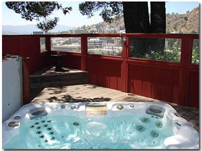 Arroyo-del-Sol-Hot-Tub
