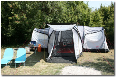 Camp-Full-Monte-Camping