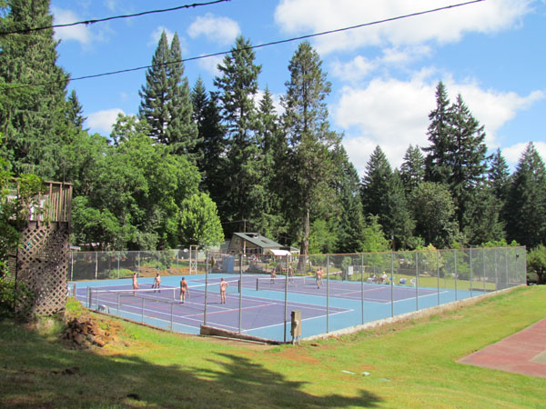 Willamettans Nudist Resort Tennis