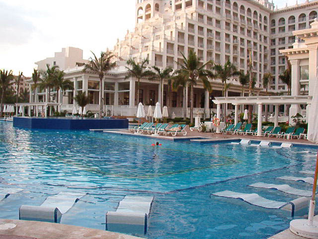 Riu Palace Las Americas Cancun All Suite And All Inclusive Hotel