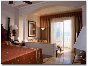 RIU Palace Cancun Room