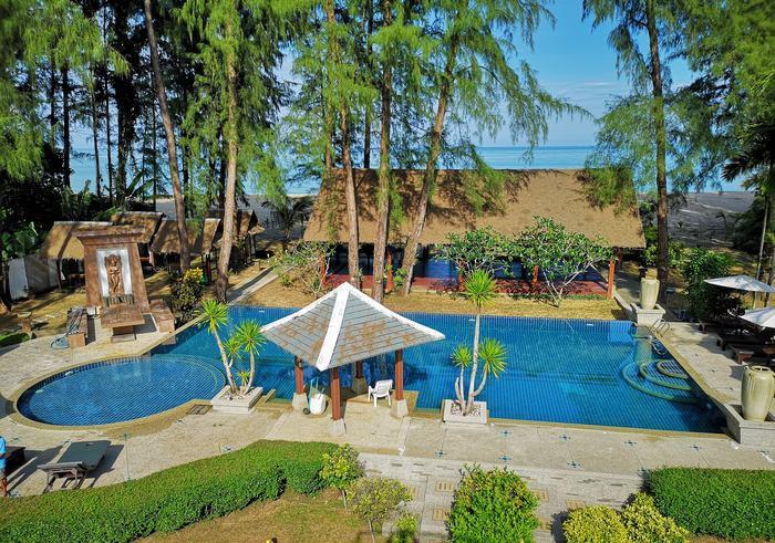 Oriental Beach Village Thailand Nudist Resort