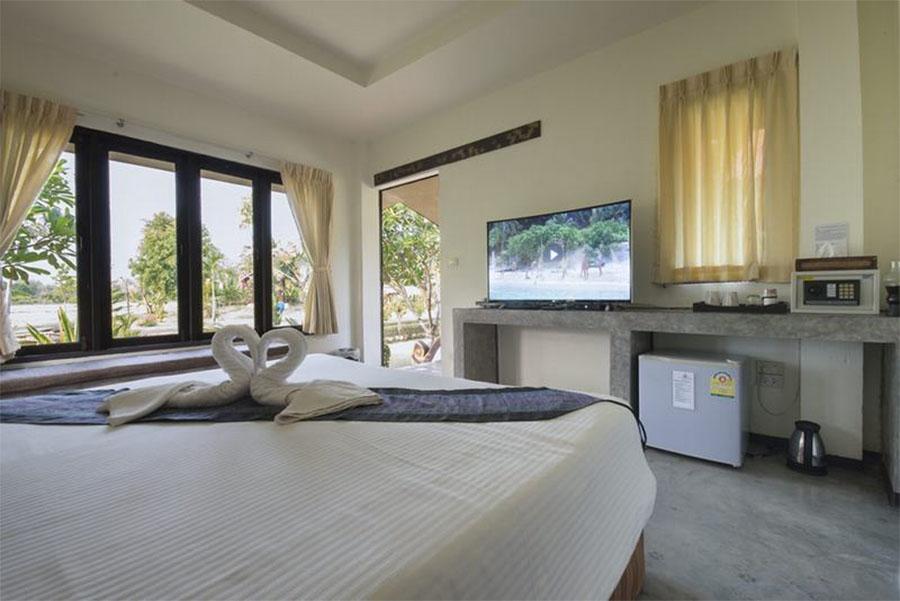 Oriental Village Naturist Resort Chang Mai Room