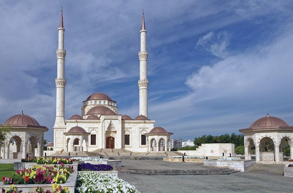 Saeed bin Taimur Masjid Mosque Minaret