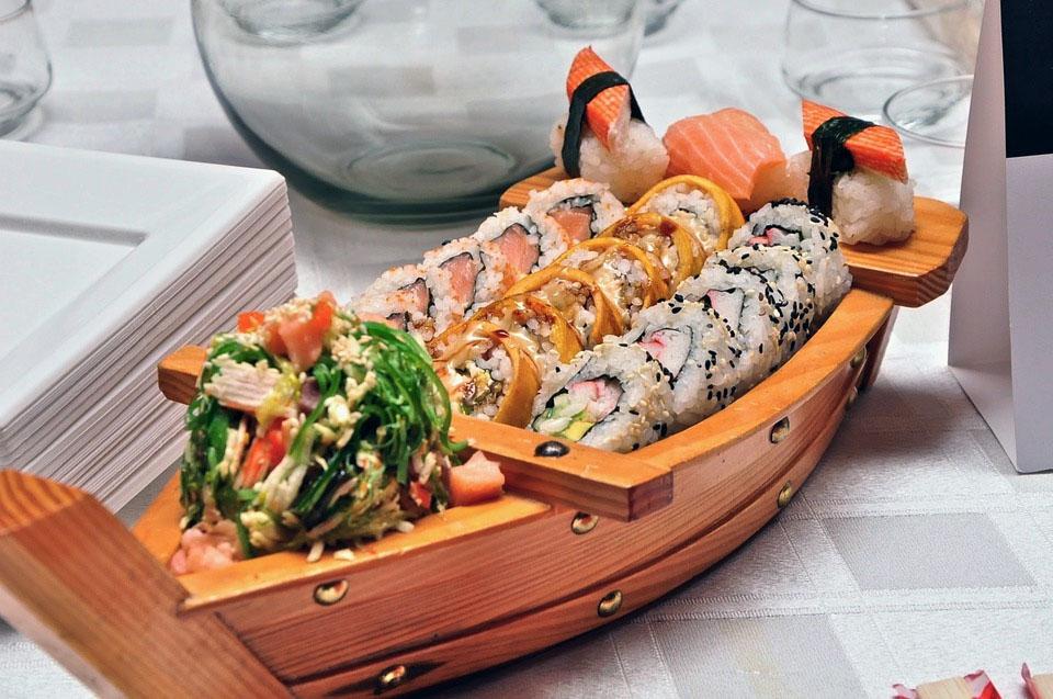Sushi Boat Japanese Food